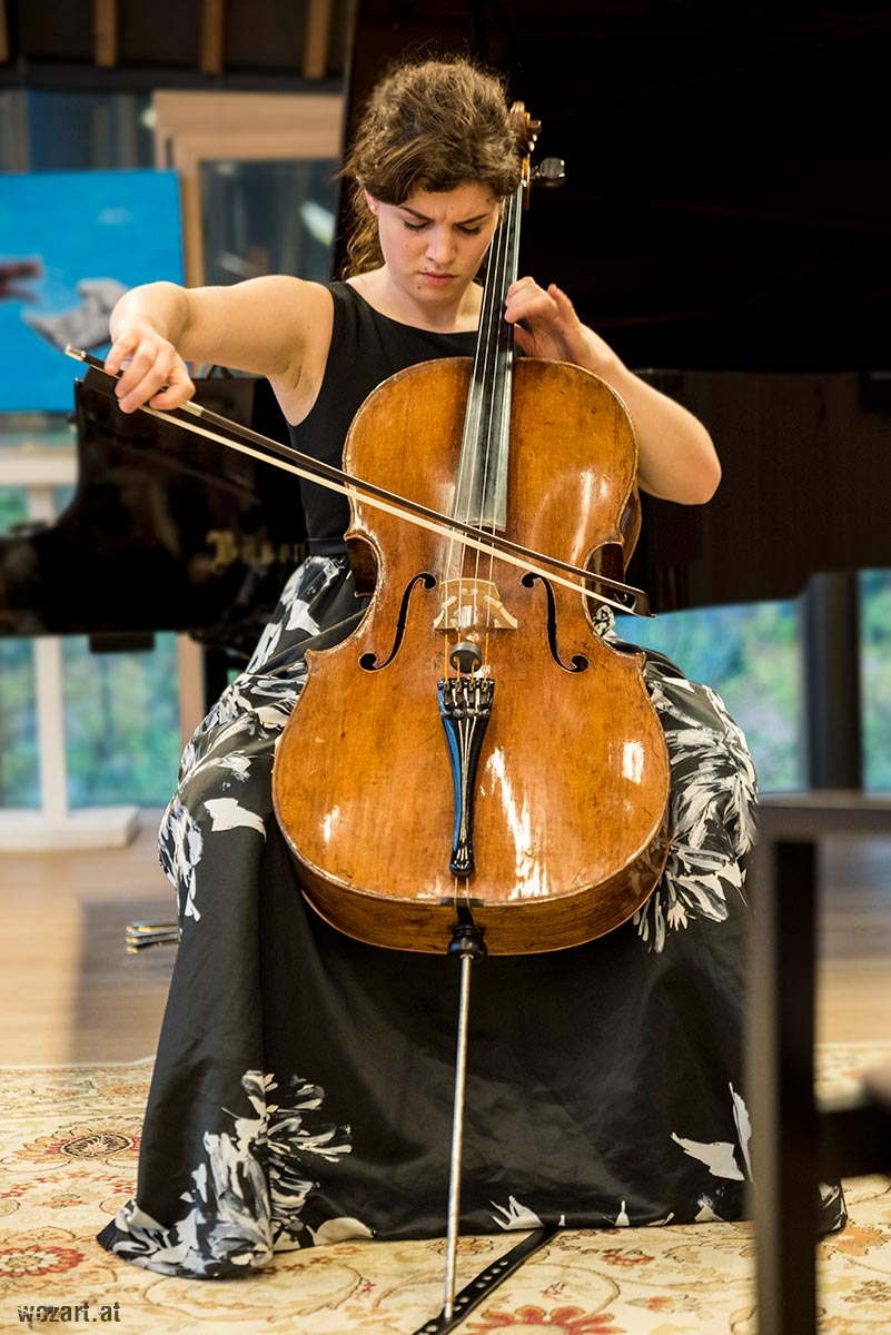 Julia Hagen - Cello